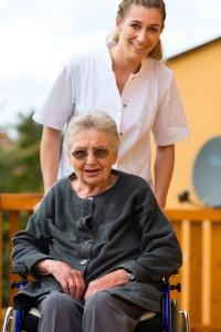 טיפול סיעודי | חברות טיפול בקשישים| חברות סיעוד| מטפלת לקשישים