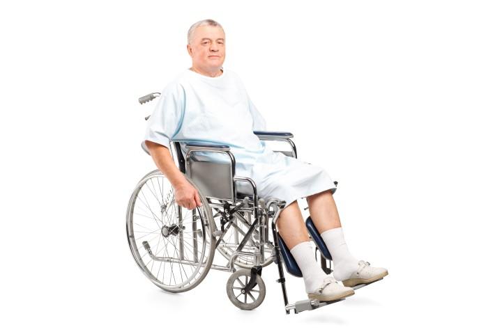 חברת סיעוד, השמת מטפלים זרים לקשישים וחולים סיעודיים