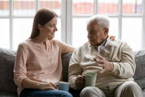 טיפול בהורה סיעודי חלוקה בנטל
